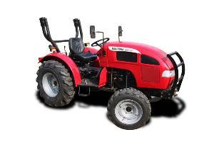 Мини-трактор махиндра, преимущества этой ТМ
