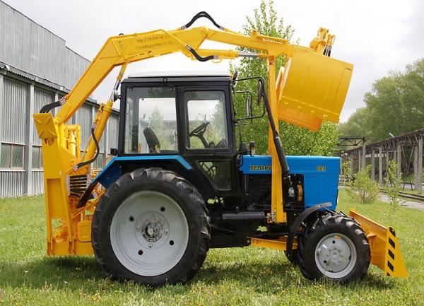 Устройство и технические характеристики грейферного погрузчика ПЭ-Ф-1БМ на базе трактора МТЗ