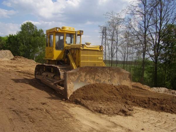 Назначение, оборудование и конструкция бульдозера ДЗ-171