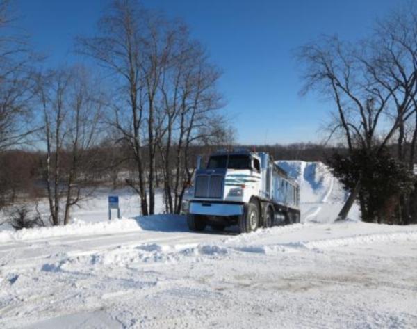 Особенности грузовика с двойным рулевым управлением от Western Star