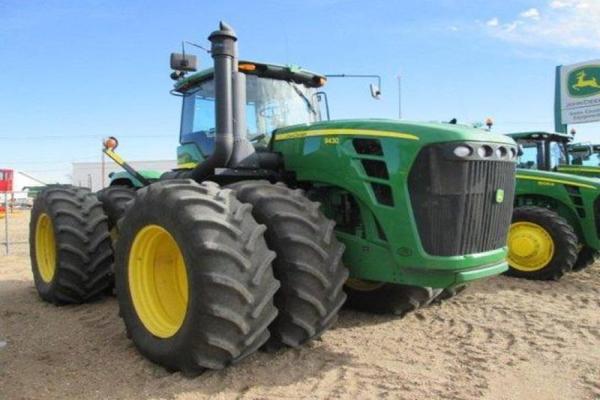 Характеристики и возможности тракторов Джон Дир 9R