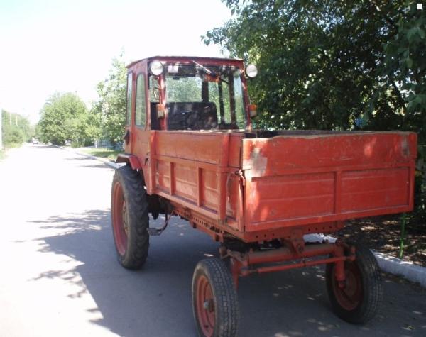 Особенности, преимущества, недостатки и параметры трактора Т-16