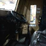Кабина экскаватора HMEE с кондиционером и регулируемыми сидениями