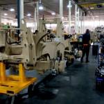 Производственная линия экскаваторов для военных отJCB