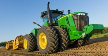 Особенности новых скреперных тракторов от Джон Дир
