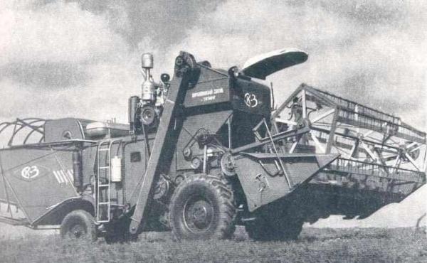 Двигатель, трансмиссия, жатка и гидравлика комбайна нива СК-3