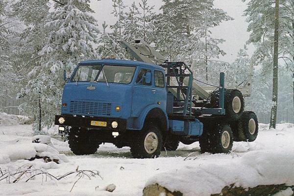 Характеристики и устройство лесовоза МАЗ 509