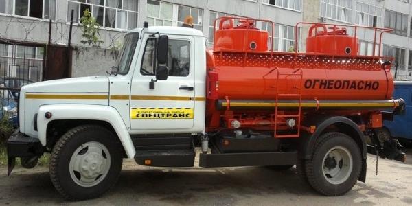 Производитель и обзор бензовоза ГАЗ 3309