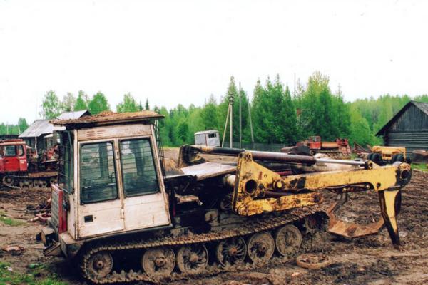 Технические характеристики модификаций трелевочного трактора ТТ-4