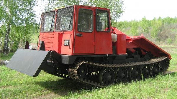 Назначение, преимущества и недостатки трелевочного трактора ТТ-4