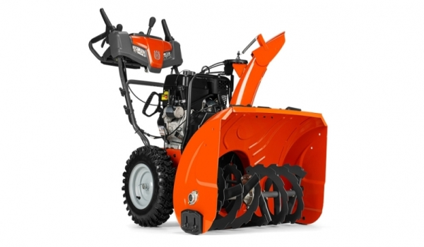 Характеристики и конструктивные особенности снегоуборщика Husqvarna ST 230 P